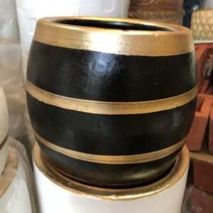 Pots Pot with gold lines (Base color black) furniture
