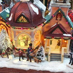 Figurines Mini Christmas Village ( 1.5 ft wide) All about Christmas